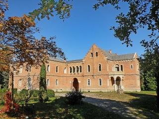 castelul-cantacuzino-pascanu-waldenburg-din-lilieci-bacau
