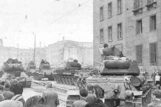 pd-640_east-berlin-uprising_1953
