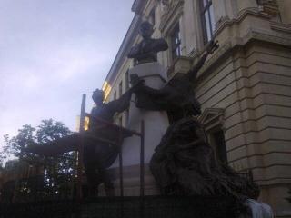 monumentul-eugeniu-carada-reconstruit