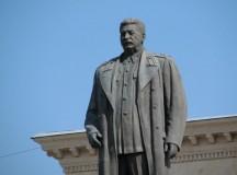 Încercarea de sinucidere a bolşevicilor