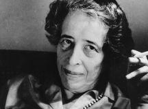 10 (zece) punkte: Hannah Arendt