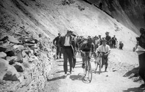 Le coureur italien Ottavio Bottecchia est en tête  dans le col du Tourmalet ; victoire d'étape à Luchon. VELO (06/2003) bottecchia (ottavio)