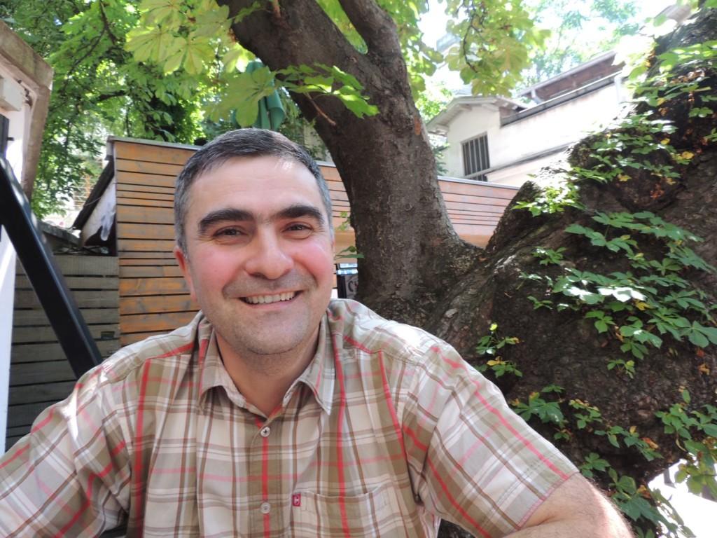 Interviu Mirel BĂNICĂ: Nevoia de miracol, nevoia de luciditate