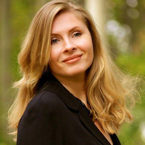 Interviu Tatiana ȚÎBULEAC: De cele mai multe ori, în literatura mea, am pornit de la tristețe, de la durere, de la nostalgie