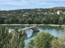 AVENUE DE PROVENCE. Podul de la Avignon