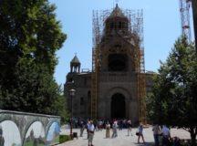 Biserică, stat și societate în Armenia sovietică